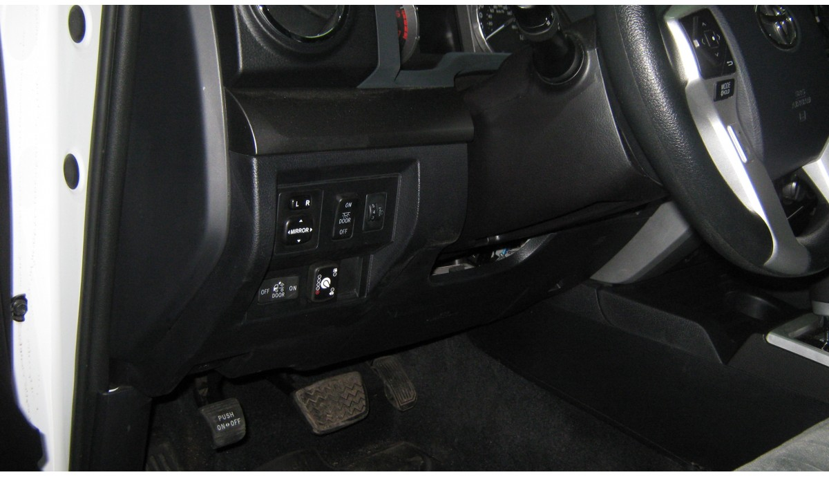 Установка ГБО на Toyota Tundra TRD Pro с двигателем 5.7
